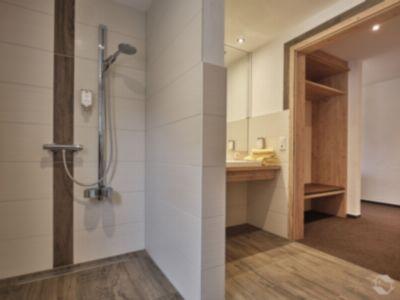 Barrierefreies Badezimmer im Hotel Adler-Pelzmühle